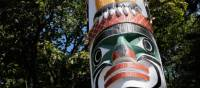 Le superbe mat totémique au parc Beacon Hill, Victoria