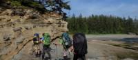 Le guide connaît bien le mouvement de la marée et ajuste la randonnée en conséquence